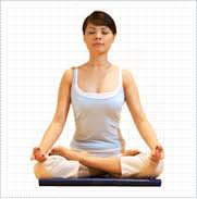 3 Yoga Poses that can cause Knee Injuries
