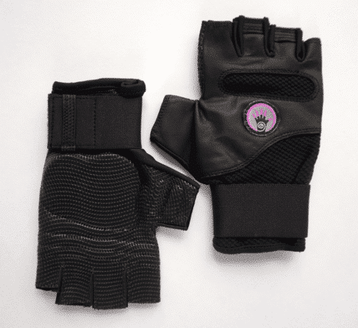 WAGs Fusion fitness gloves lying flat