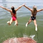 lake_swimming